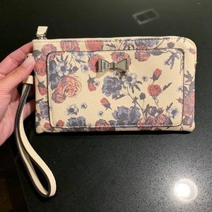 Candie's wristlet like new condition
